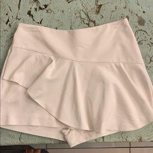 White Zara skirt / skort